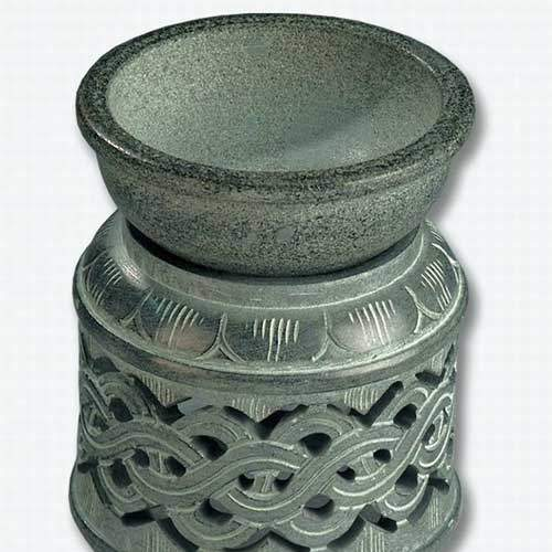 Grey-candle-diffuser